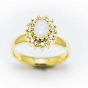 Klasszikus gyűrű opállal