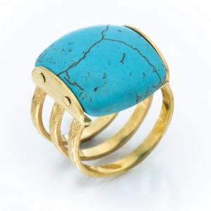 Prsten od žutog zlata sa poludragim kamenom