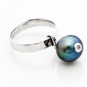 Fehérarany gyűrű gyönggyel és gyémánttal