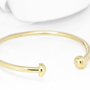 Elegantna čvrsta narukvica od zlata