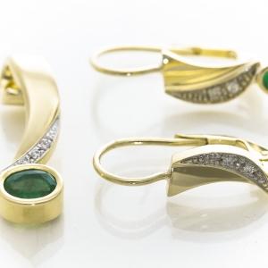 Elegantne minđuše sa smaragdom