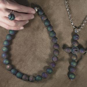 Neobični set ogrlice, lanca sa priveskom i prstena sa druzy agate kamenom